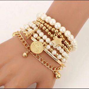 ☀️🌟 Six Piece Multilayered Bracelet Set ⭐️🌟